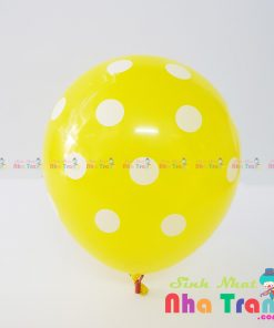 bóng chấm bi màu vàng tại nha trang