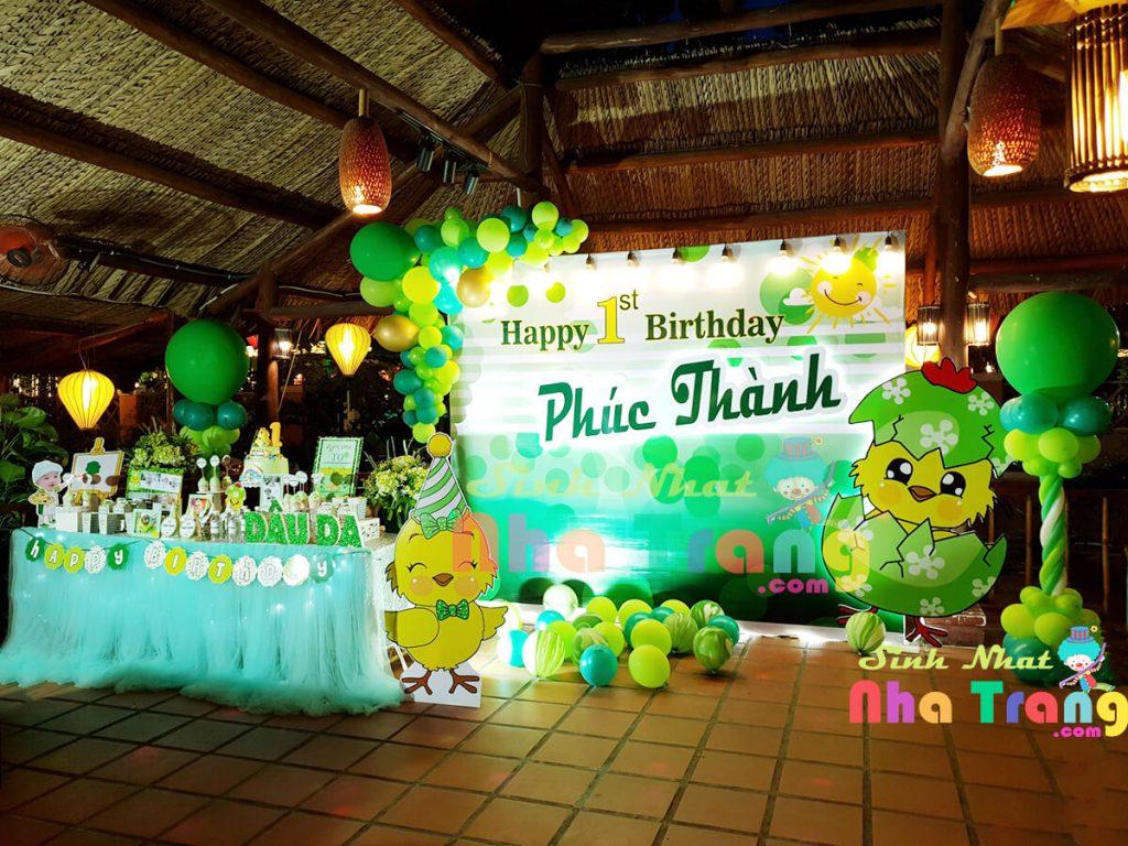 trang trí tiệc thôi nôi Nha Trang